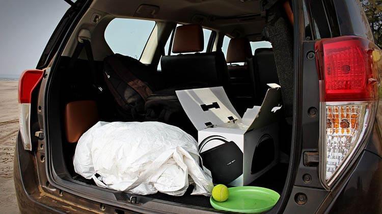 Luxury TOYOTA INNOVA CRYSTA 8 Seater Taxi Service
