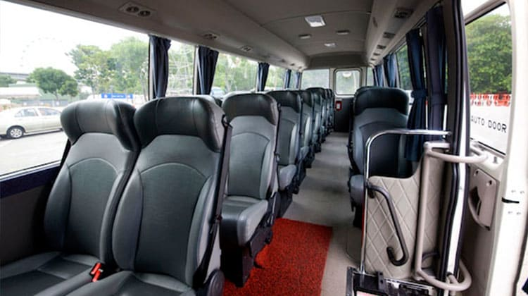 Luxury AC BUS/COACH 23 SEATER Taxi Service